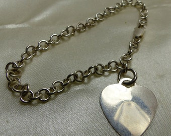 """Sterling Silver Heart Charm Bracelet-Perfect to engrave-8 grms- 7""""- heart 20X20mm -4mm links- 1934"""