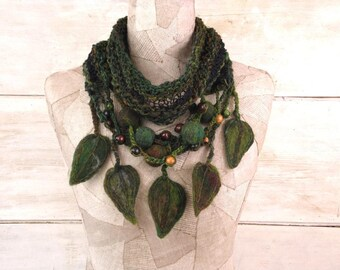 Knit scarf infinity necklace, boho knit loop, Felt Hand Knitted wrap, Green Black, Bohemian clothing, Gypsy shawl, rope wool leves, art knit