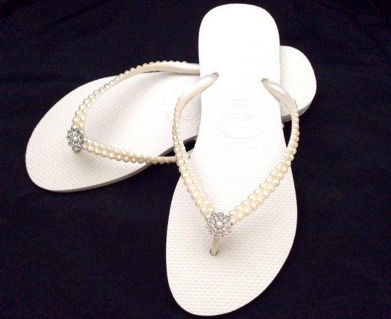 Havaianas Slim flip flops Cream Pearls Bridal Ivory Off White w/ Swarovski Crystal Rhinestone Bling Silver BridesMaid Beach Wedding shoes