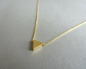 Dainty Gold Necklace, Gold Triangle Necklace, Gold Necklace Dainty Necklace Geometric Jewelry, Simple Gold Necklace Gold Triangle Necklace
