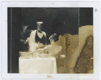 Vintage Polaroid Photo: Restaurant (71542)