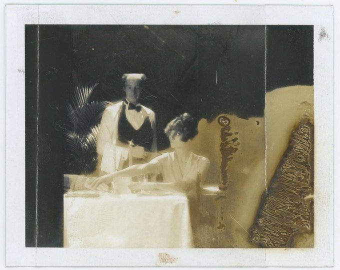 Vintage Polaroid Photo: Restaurant (71542)