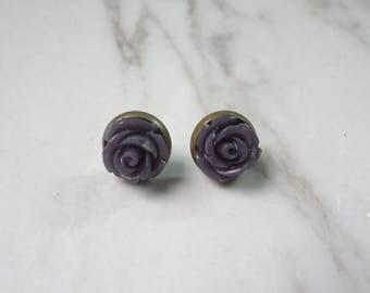 Seafoam Black Rose  Flower Brass Stud Earrings 0361