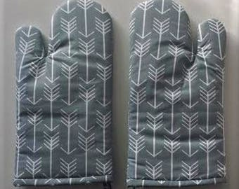 Mother's Day Gift Gray Arrow Oven Mitts, Insulated Baking Mitts