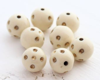 Ivory and Gold Dimpled Beads - Round Acrylic Beads - 14mm - 8 Beads