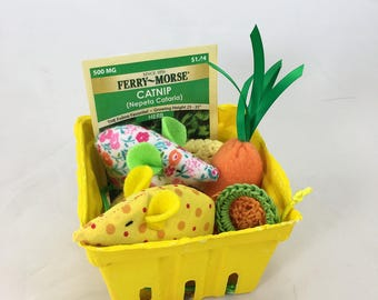 Spring gift basket, catnip cat toy basket, Easter gift for cat