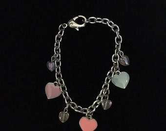 "Vintage Metal ""Hearts"" Charm Bracelet (ABX1G)"