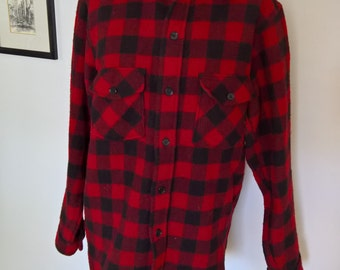 Vintage Woolrich Classic & Cozy Plaid Flannel Button Down Shirt --- Retro Lumberjack Working Man Tough Sturdy Workwear Clothing Wardrobe