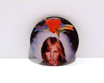 Tom Petty Pinback 1976 Vintage Tom Petty and the Heartbreakers Band Pin First Debut Album Photo Graphic Logo Badge 1970s Mohawk Music