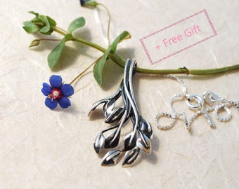 Nature Inspired Necklace - twig leaves pendant necklace, Artistic Jewelry, Unique Sterling Silver Necklace, Birthday Gift For Her
