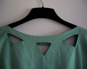 Sale: Hand Made Green Dress, Size ~ M