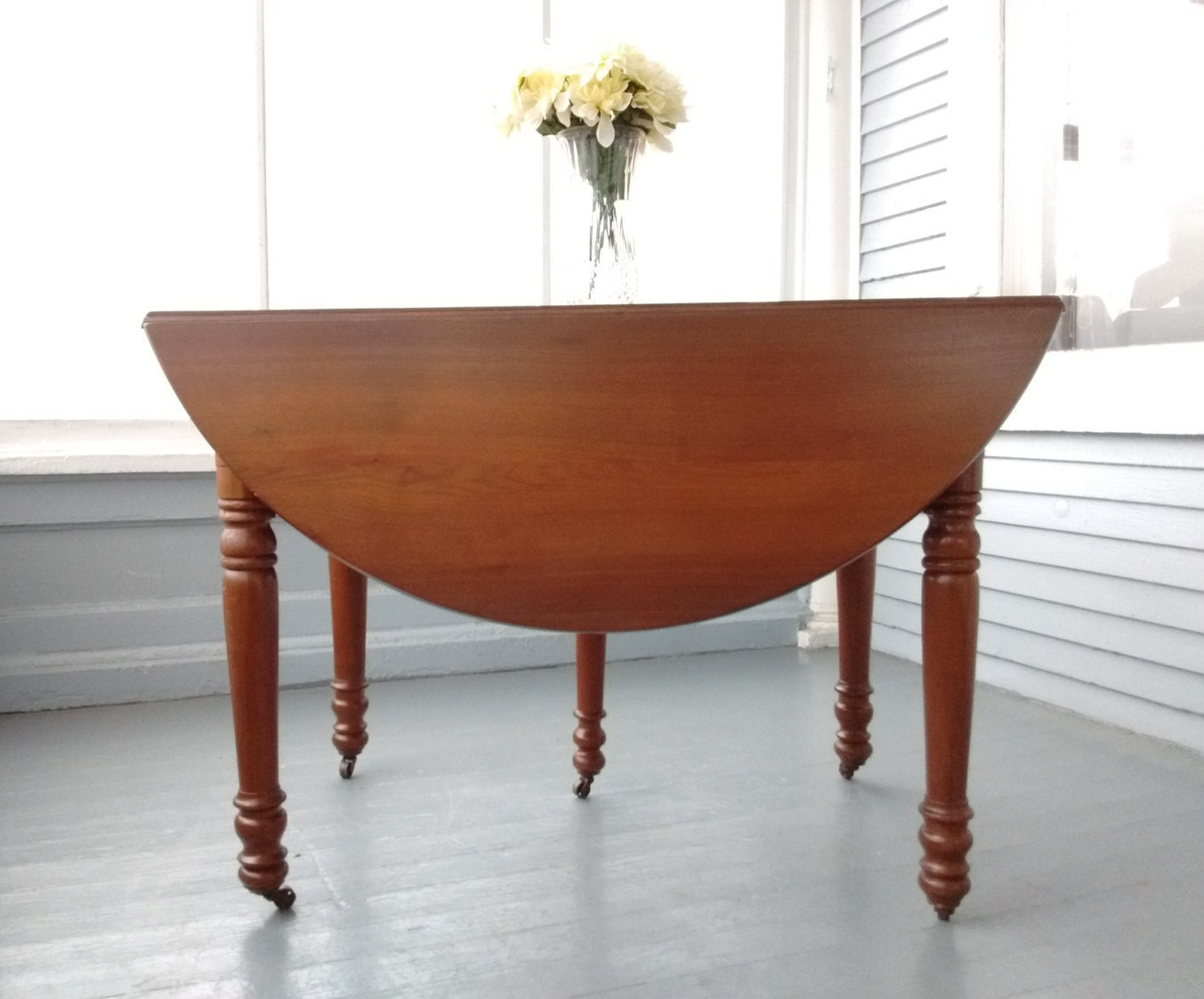 Sale antique drop leaf table kitchen table dining table for Round kitchen table with leaf