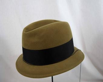 Vintage 1950s 1960s Dobbs brown taupe fedora