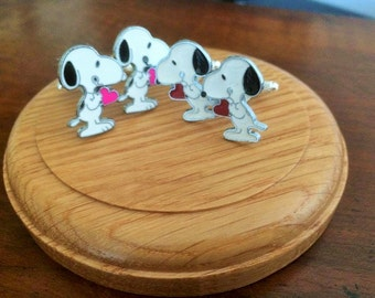 Snoopy with red/pink loveheart on silver tone lattice cufflinks