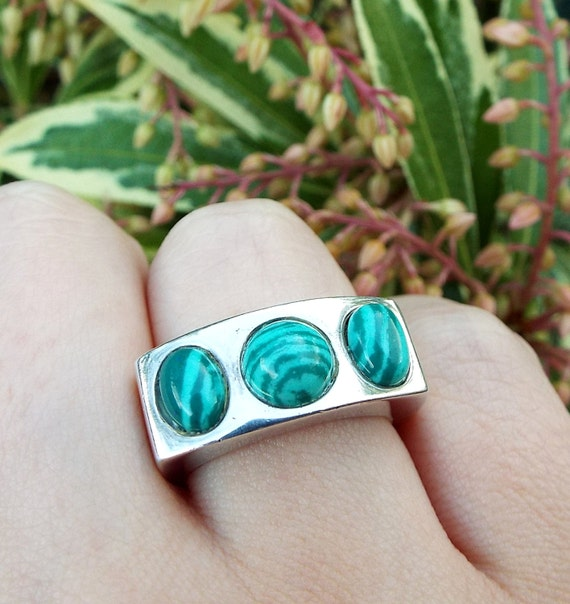 Vintage / Sterling Silver Chunky Heavy Malachite Cabochon Band Ring / Size P