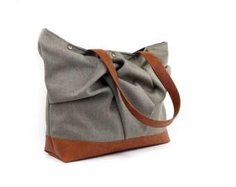 Large Brown Tote Bag, Vegan Leather Weekender, Tan Overnight Bag, Vegan Tote Purse, Brown Shoulder Bag, Carryall Tote Bag, Large Teacher Bag