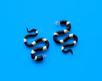 Bandy Bandy Snake Earrings