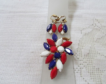 Vintage red, white and  blue rhinestone brooch and earrings  set demi parure estate find