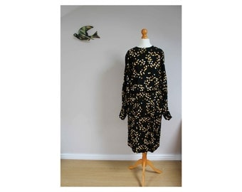 Vintage dress 1980s dotty dress 80s dress spotty batwing dress size 10 dress confetti print dress batwing dress black dress printed dress