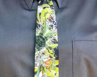 Mens Ties, Mens Neckties, Ties, Wedding Ties, Suit Ties for Women, Groomsmen Ties, Fractal Art Tie, Tie for Groom, Blueberry Suit Tie