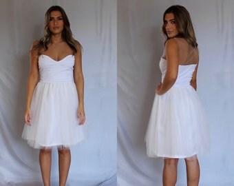Short wedding dress, simple wedding dress, beach wedding dress, boho wedding dress, tulle wedding dress, white tulle dress, tulle dress.