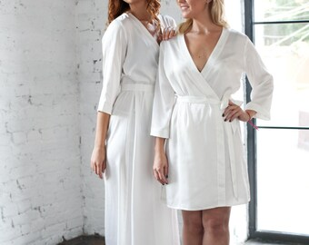 Ivory Satin Robes/ Off White Bridesmaid & Brides Dressing Gown/Gift for a Bride/ White Bridal Robe/ Plain White Ankle Full Length Kimono