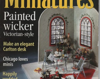 Dollhouse Miniatures Magazine Back Issue, February 2001, 90 pages, illustrated, a little wear, Painted Wicker, Carlton Desk, Jan Landman
