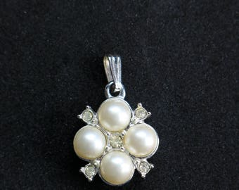 Pearl Pendant Necklace - Pearl Necklace - White Pearl Necklace - Pearl Crystal Necklace