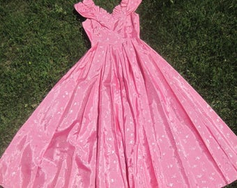 Lovely Vintage Prom/Bridesmaid Dress, Handmade, Small, Sweetheart Neckline, Off the Shoulder, Deep Rose Pink