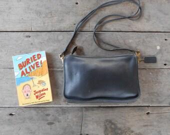 Vintage COACH Bag No.353-0616 / Dark Navy / Leather Crossbody Bag , Shoulder Bag , Purse / Small-Medium / Made in New York City USA