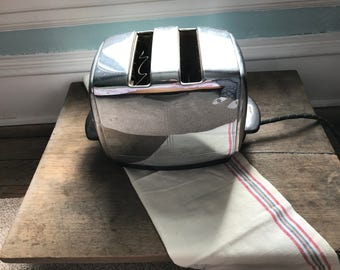 Sunbeam Radiant Toaster - Model T-20 - Two Slice Electric Toaster - Made in USA - Chicago - Mid Century Modern - Chrome Toaster - Art Deco