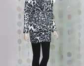 "Fashion Doll Sweater + Leggings ""Snow Leopard"""