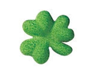 Set of 6 Shamrock Sugar Decorations, Cupcake Toppers, Cake Topper, Irish Party, Saint Patrick's Day, Leprechaun, Edible Shamrock