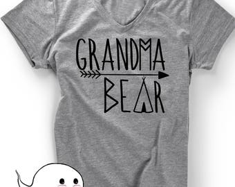 Grandma Bear T-Shirt TShirt Mothers Day Tee Pregnancy Announcement Women Ladies Funny Gift Present Grammy Grandmom Grandmother Baby Shower