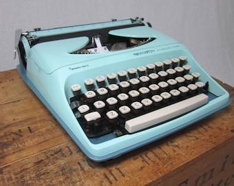 Bright Aqua & Teal Retro Remington Working Typewriter!