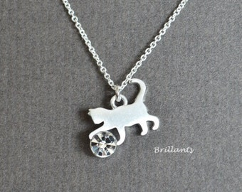Cat necklace in silver, Kitty necklace, Animal necklace, Bridesmaid jewelry, Everyday necklace, Wedding necklace