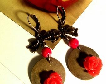Red Resine Rose Antique Bronze Disc Earrings | Bow vintage earrings | Valentine's day treat | Dangle drop earrings