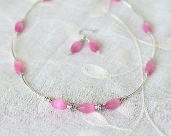 Beaded Necklace - Anniversary gift for women - Minimalist necklace - Simple necklace - Pink Cats Eye Boho Necklace Set - Gift for her