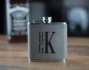 Flask, Gray Leather Flask, Groomsman Gift, Best Man, Personalized Gift, Personalized Groomsmen Flask Wedding Gift, Leather Wrapped Flask