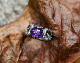 """Sterling Silver Amethyst Ring """"Leia"""" READY TO SHIP, 6 size ring, women ring, twig ring, futuristic ring, cosmic ring"""