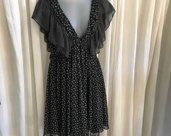 Summer Dress Black & White Butterfly Chiffon Sleeves/Free Shipping/ Vintage Mango Size 6/Gorgeous!