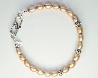 Pearl bracelet, freshwater pearl bracelet, dainty bracelet, sterling silver pearl bracelet, natural pearl bracelet, June birthstone bracelet