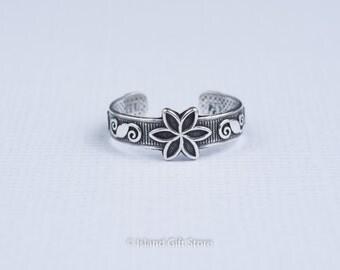 Pure .925 Sterling silver Flower Adjustable Toe Ring, Sterling silver ring , Adjustable ring, Toe Ring