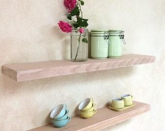 Aufgearbeiteten Holz Regale rustikale Grobstrick Küche