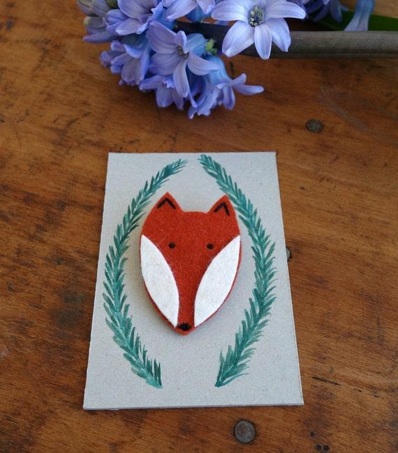 Anstecker Fuchs aus Filz mit handgemaltem Tag