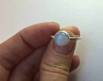Round moonstone stacking ring