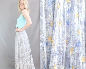 1990's Daisy Maxi Skirt in Medium . Pleated Floral Skirt . Ankle Length . Spring or Summer Skirt . Pale Blue White Yellow . Dancing Flowy