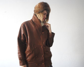 50s 60s fur hat. rustic brown mink fur hat. real fur winter hat. fur pillbox hat