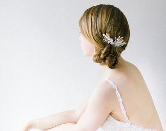 Bridal Hair Pins, Wedding Headpiece, Bridal Headpiece, Crystal Hair pins, Wedding Hair Pins, Floral Hair pins, Gold Hair Pins - Style 602