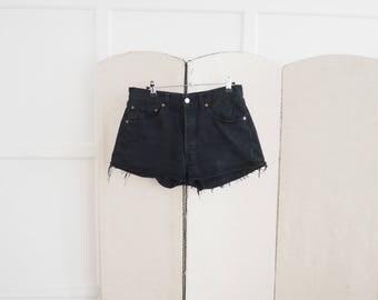 Vintage black Levi's 501 shorts W31